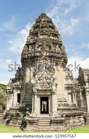 Prasat Hin Phimai, most intact Khmer temple buildings in Thailand