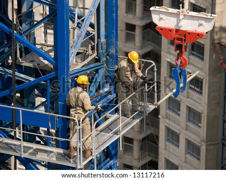 Preparing A Crane for Lift Task