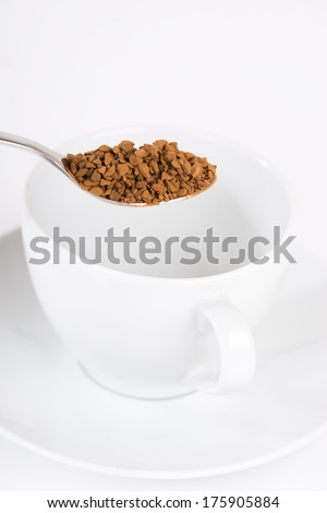 Preparing instant coffee
