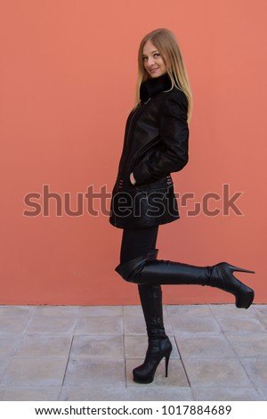 young-girls-in-high-heeled-boots-diana-naked-amateur
