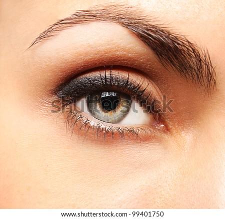 Pretty woman�s eye close up - stock photo