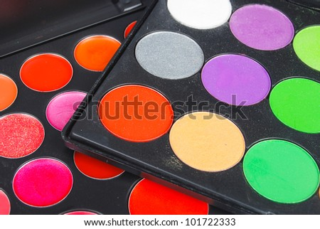 Professional multicolor eyeshadow palette