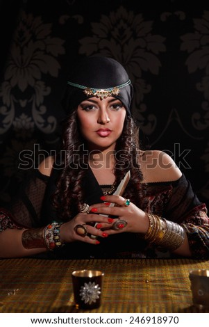 Prophetess woman with cards