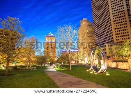 Public  Citygarden in downtown st. louis at twilight