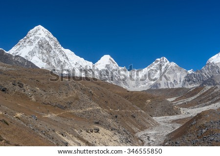 Pumori mountain peak, Everest region, Nepal