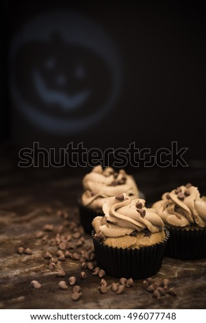 Pumpkin cup cakes with scary lights