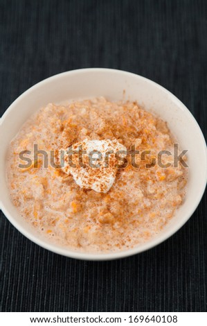 Pumpkin Pie Oatmeal Porridge