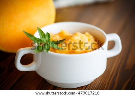 pumpkin porridge in a plate