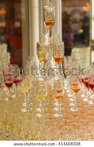 pyramid with champagne glasses