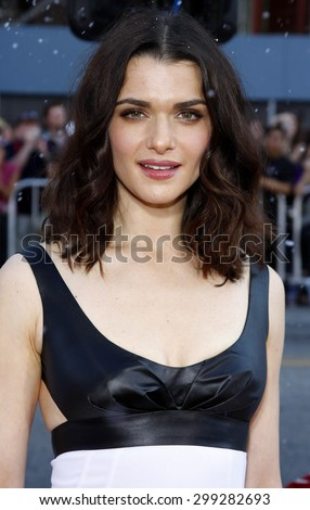 Rachel Weisz at the Los Angeles premiere of 'Fred Clause' held at the Grauman's Chinese Theater in Hollywood on November 3, 2007.