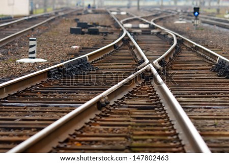 Railroad seeks to distance