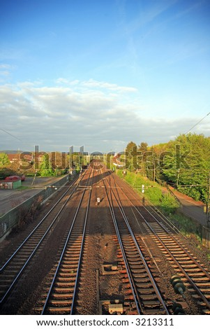 Railroad tracks conducts on the east