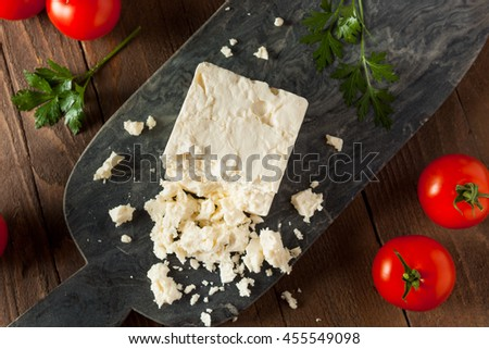 Raw Organic White Feta Cheese for Crumbling