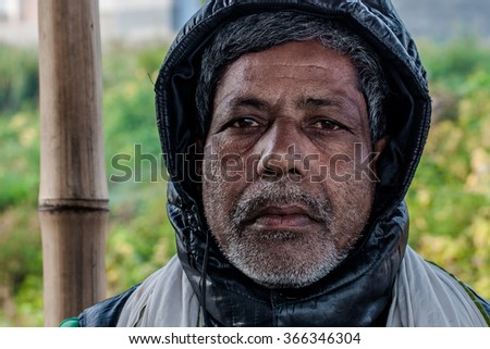 RAXAUL, INDIA - NOV 11: Unidentified Indian man on Nov 11, 2013 in Raxaul, Bihar state, India. Bihar is one of the poorest states in India. The per capita income is about 300 dollars.