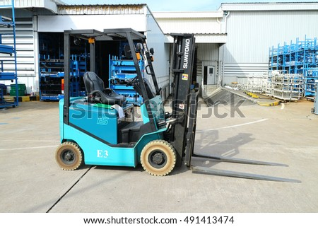 Rayong Thailand , September 30 - 2016 : lift truck working in factory area