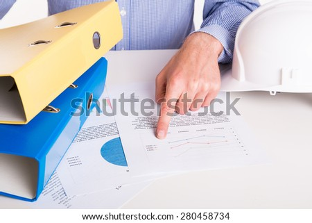 Reading the report of the working - office