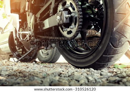 how to clean motorcycle chain and sprocket