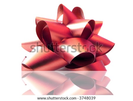 Red bow with reflection. (with clipping path)