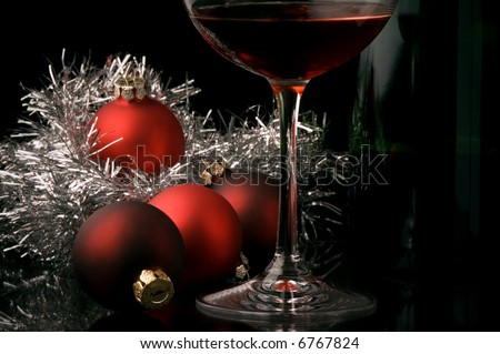 red wine glass bottle christmas decoration  details
