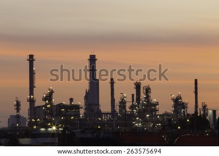Refinery in the night sky are beautiful.
