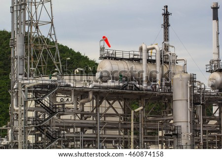 Refinery plant Industry oil and gas production petroleum pipeline against the insulation