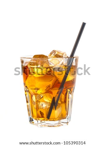 Refreshing cocktail of coke and alcohol - stock photo
