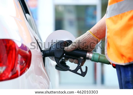 Refuel car with petrol