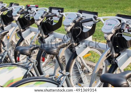rent bicycles on street in city