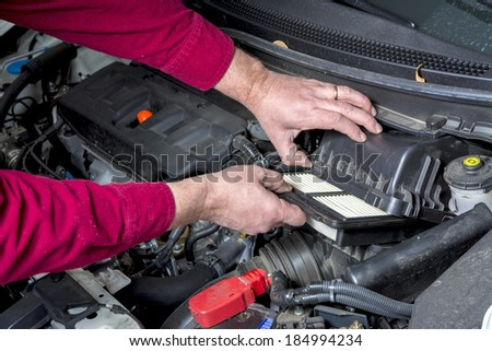 Replacing an Ari Cleaner in a car