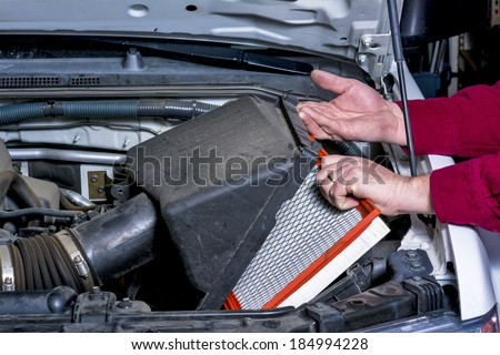 Replacing and air-cleaner in a truck