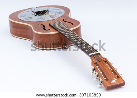 Resonator acoustic guitar made by luthier Luciano Queiroz, Mahogany body.