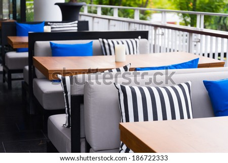 restaurant outdoor sofa table set