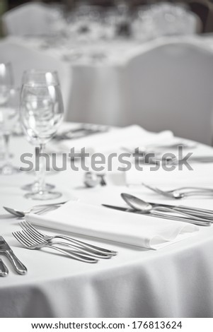 restaurant table setout