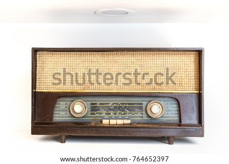 Retro old vintage radio