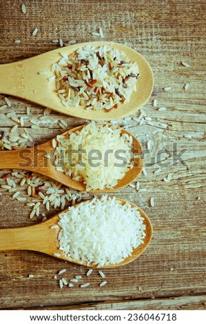 Rice collection on a wooden spoons