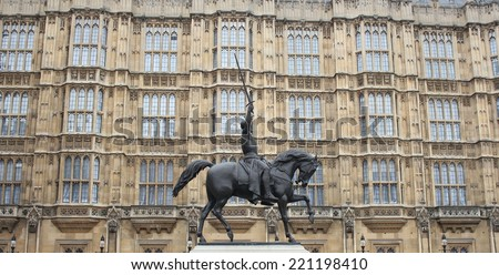 Richard I statue outside Palace of Westminster, Houses of Parliament. London, UK - stock photo