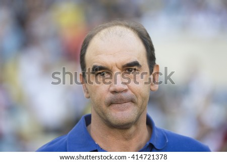 Rio de Janeiro, Brasil - may 01, 2016: Coach Ricardo Gomes  player in match between Botafogo and Vasco by the first match final of Carioca championship in Maracana Stadium