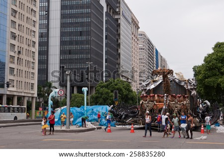 RIO DE JANEIRO - FEBRUARY 16, 2015: Avenida Presidente Vargas avenue with some lanes closed during Carnival. The lanes were used for parking Samba School floats before they drive into Sambodrome.