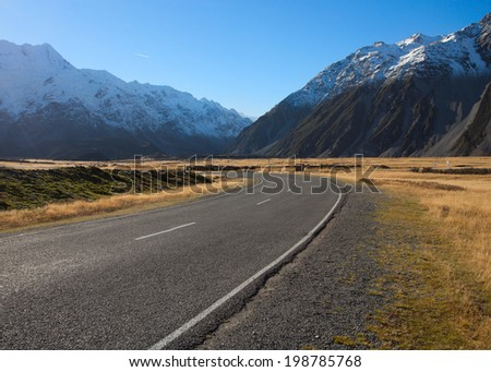 Road in Mount Cook National Park, New Zealand