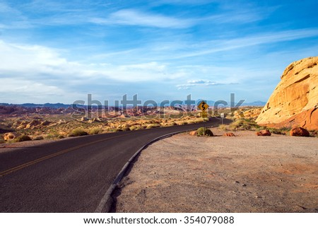 road through Rainbow vista in Valley of Fire State Park