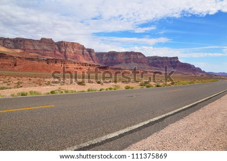Road to Monument Valley, Utah, USA