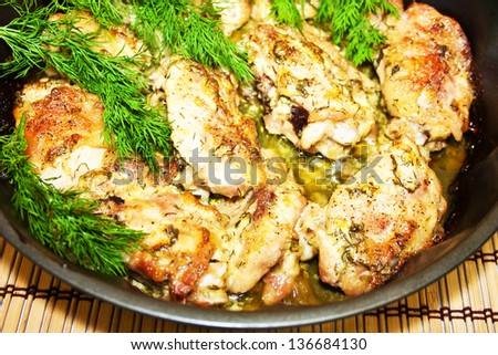 Roast chicken with herbs ma?ro