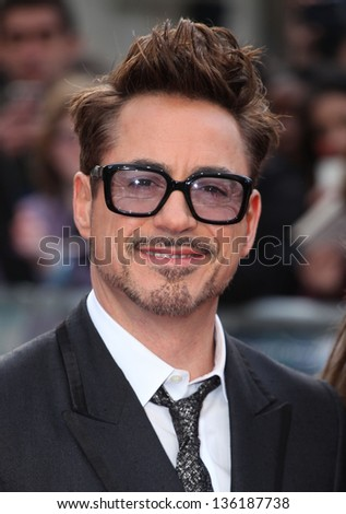 Robert Downey Jr arriving for the Iron Man 3 Premiere, Odeon Leicester Square, London. 18/04/2013 Picture by: Alexandra Glen - stock photo