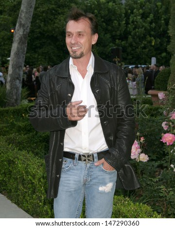 Robert Knepper Chrysalis Fifth Annual Butterfly Ball Italian Villa of Carla and Fred Sands Bel Air, CA June 10, 2006