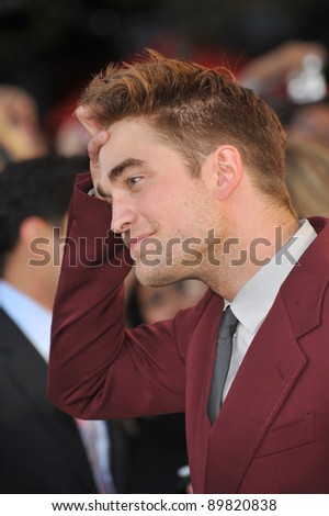 "Robert Pattinson at the premiere of his new movie ""The Twilight Saga: Eclipse"" at the Nokia Theatre at L.A. Live. June 24, 2010  Los Angeles, CA Picture: Paul Smith / Featureflash"