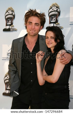 Robert Pattinson & Kristen Stewart MTV Movie Awards 2008 Universal City Los Angeles,  CA May 31, 2008 - stock photo