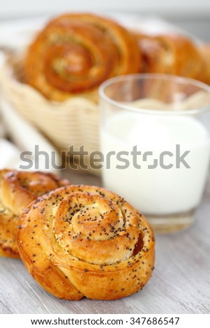 Rolls with poppy seeds and milk