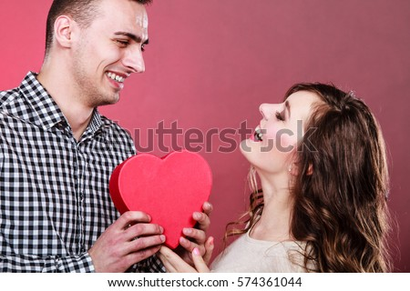 attract single women