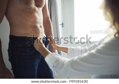 bedroom oral sex pics
