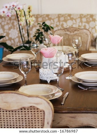 romantic table setting with flowers